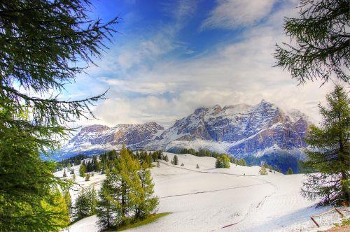 dolomites alpine mountains
