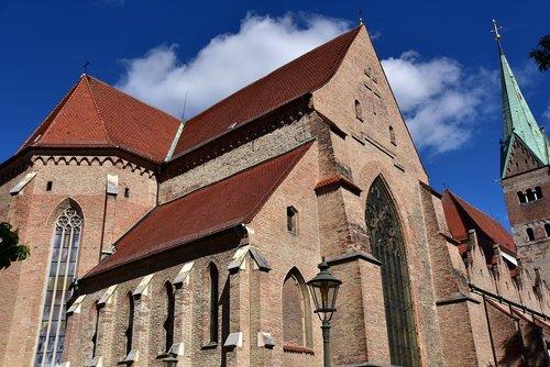 dom  augsburg  steeple