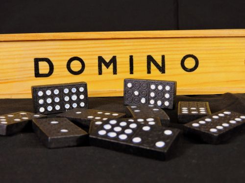 domino game card