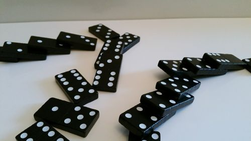 domino play stone mind game