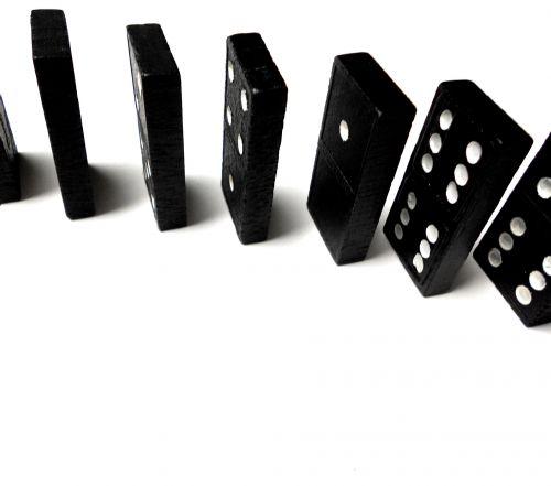 Domino Line Closeup