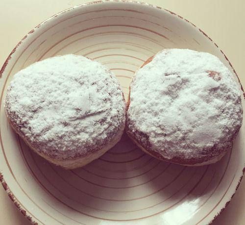 donuts baking buns
