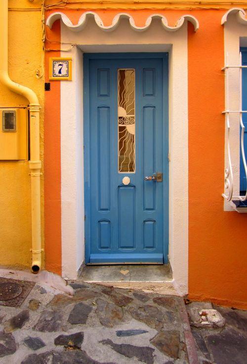 door blue collioure
