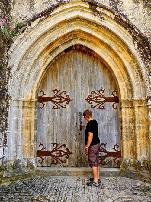 door entrance knock