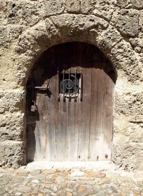 door closed spiral