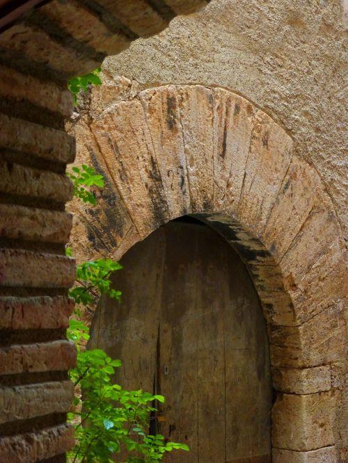 door arch medieval
