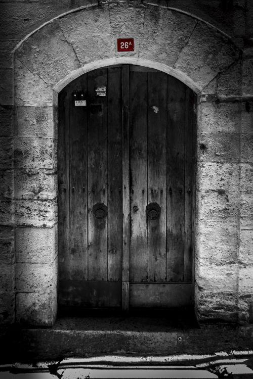 door on date