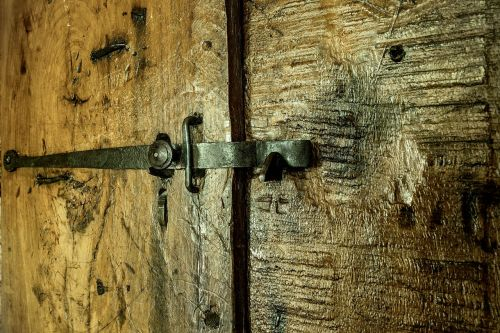 door wood lock