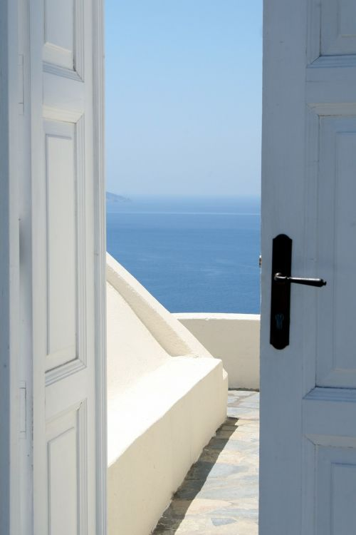 door entry sea