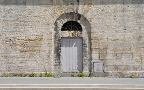 door wall home