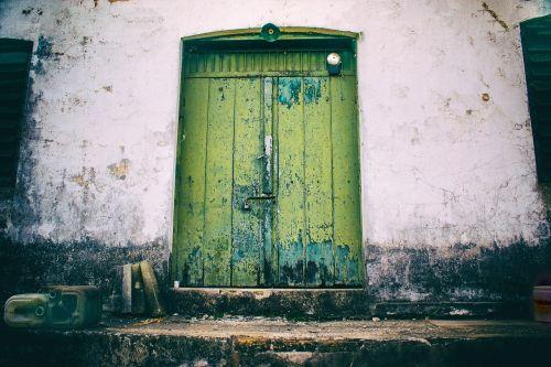 door former bell