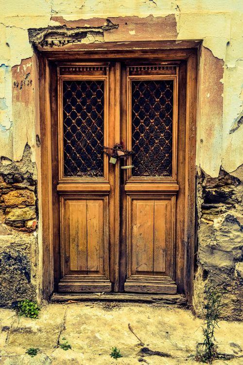 door old house damaged