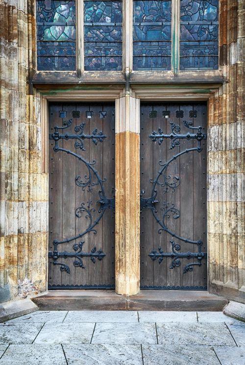 door old oak