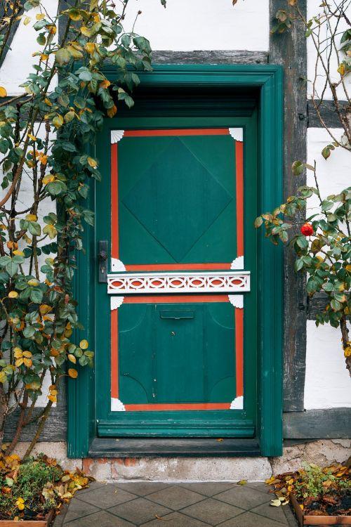 door home architecture