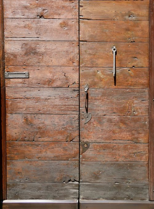 door  gate  input