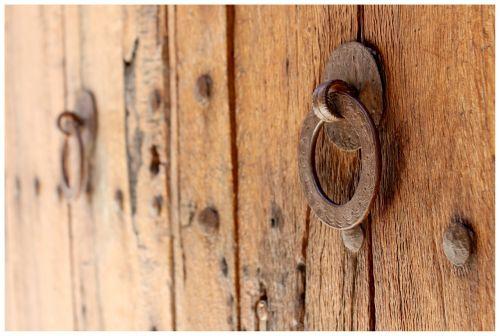 door door lock doorknocker