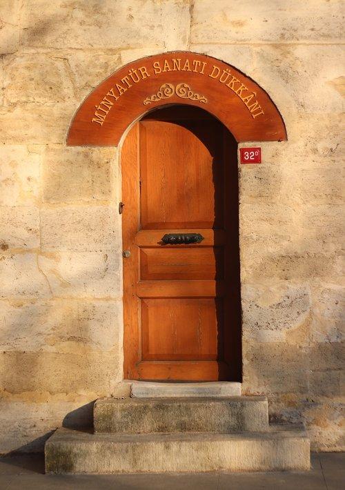 door  little  temple