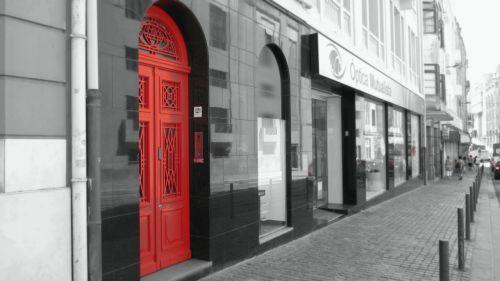 door red street