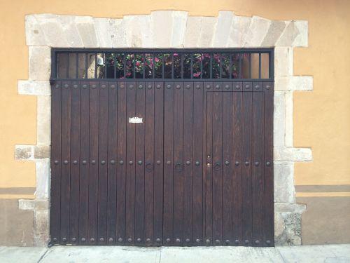 durys,architektūra,kolonijinis,įėjimas,mediena,architektūra,vintage,dizainas,Meksika