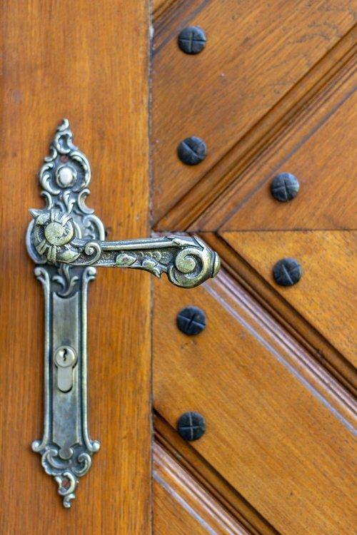 door handle  the door  antique