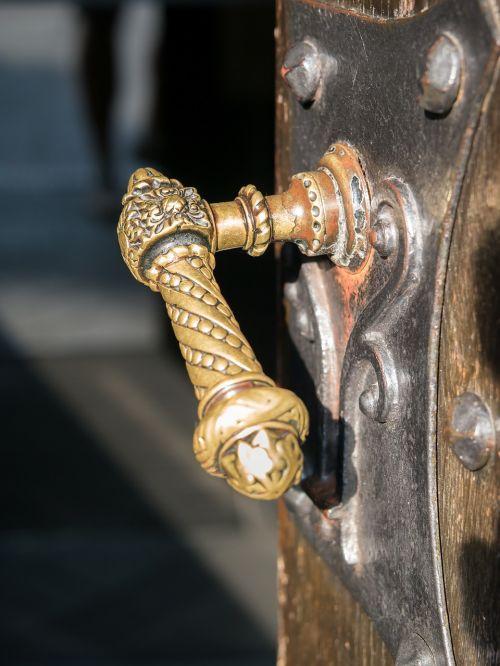 door knob door handle