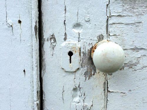 door knob peeling paint lock
