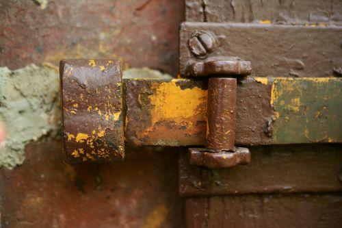 door latch locked fitting