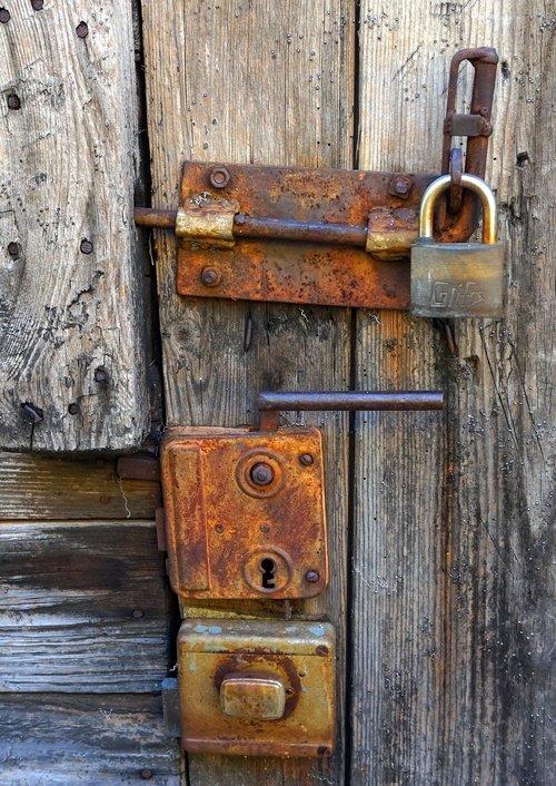 door lock  old  iron rusts