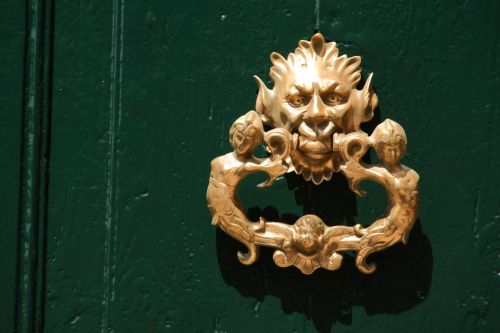 doorknocker brass metal