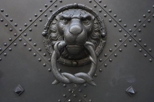 doorknocker  historically  old