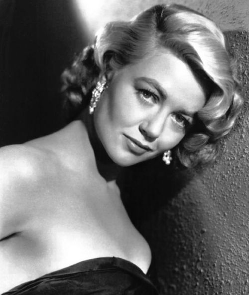 dorothy malone actress vintage