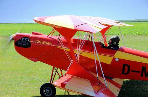 double decker fly propeller plane