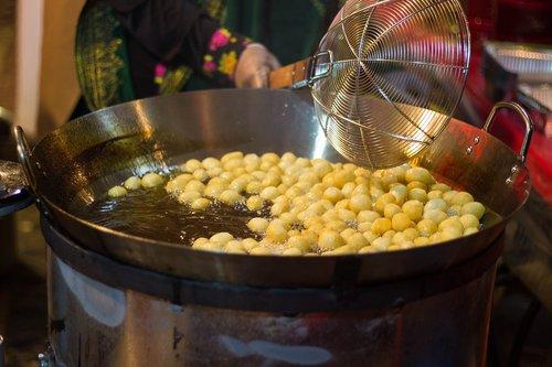 dough  fry  balls