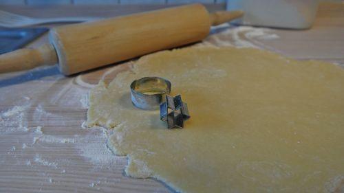 dough bake cookie cutter
