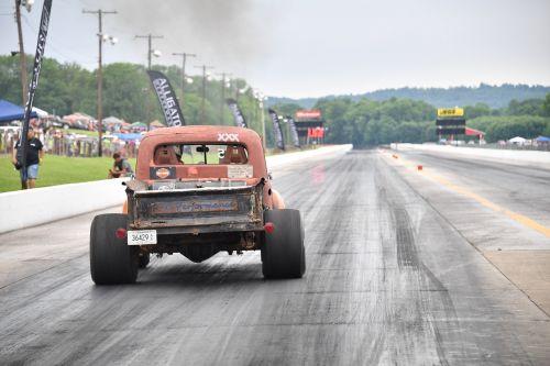drag racing truck
