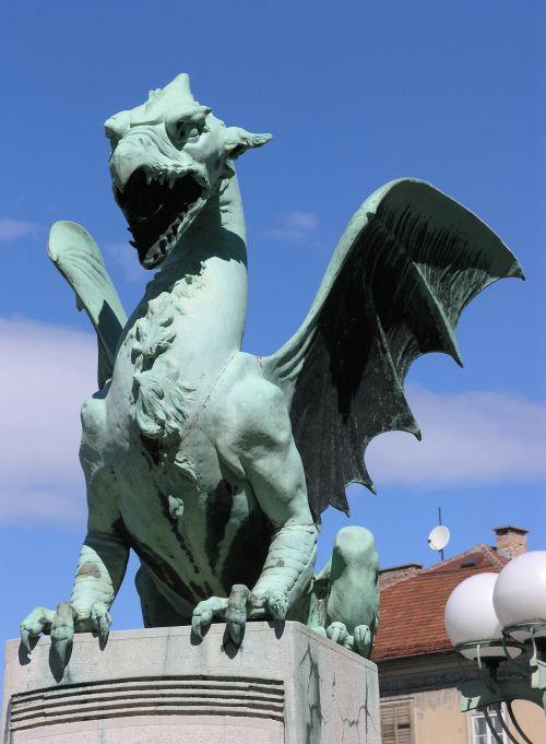 dragon bridge sculpture
