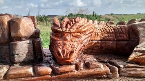 dragon wooden wood carving