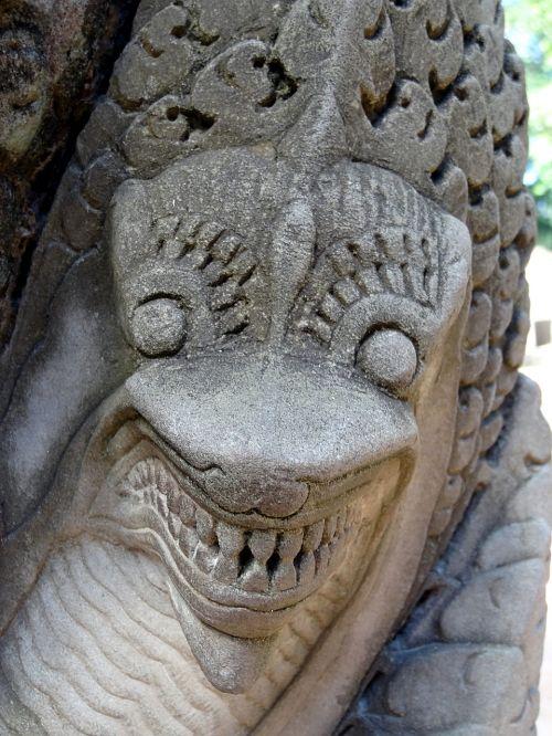 dragon cambodia temple