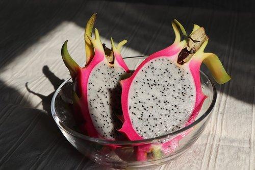 dragon fruit  white  fruit