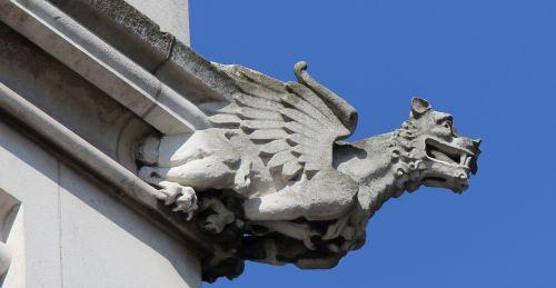 dragon's head dragon building