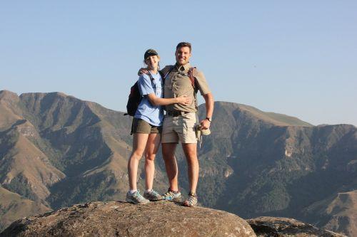 couple drakensberg hiking