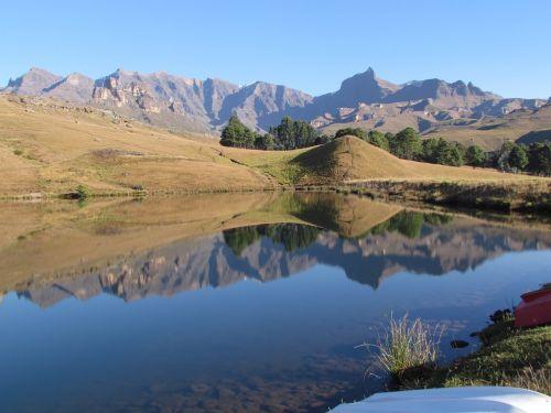 drakensberg kwazulu-natal mountain
