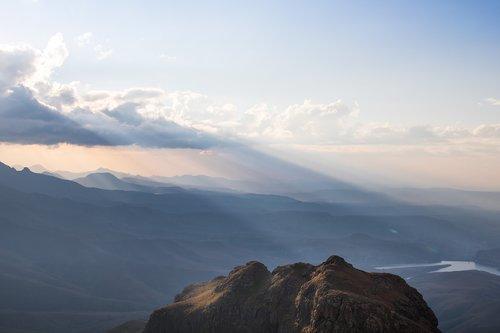 drakensberg  mountains  landscape