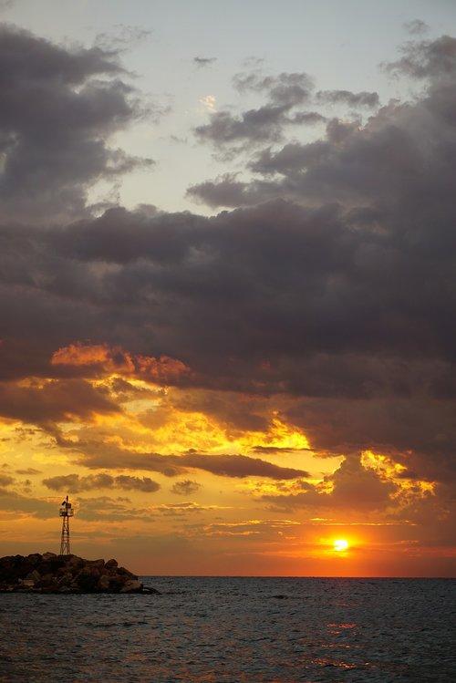 dramatic  drama  sunset