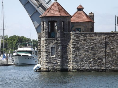 drawbridge castle castle gate