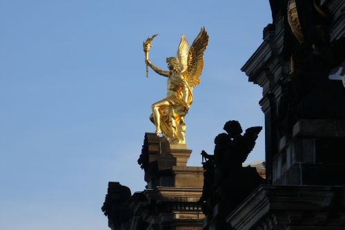 dresden academy of fine arts golden