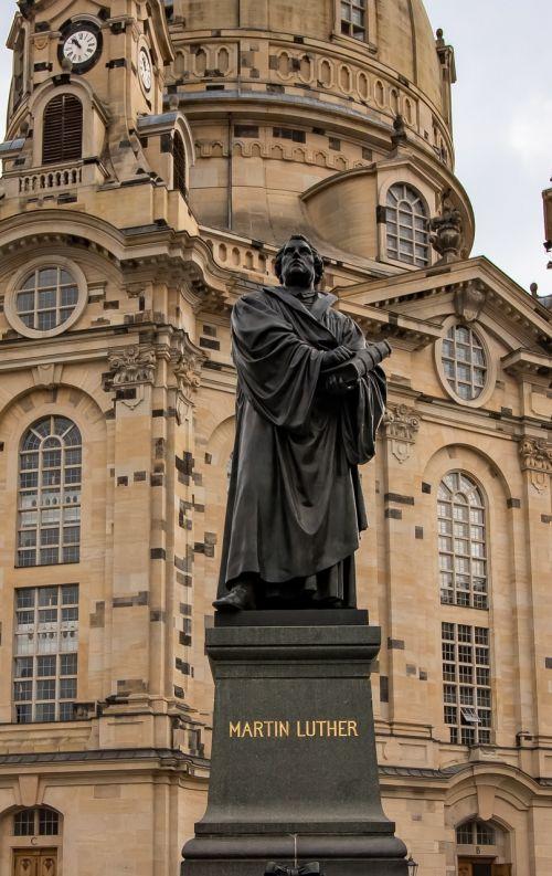 dresden frauenkirche luther