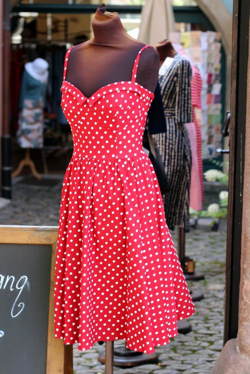 dress red with points