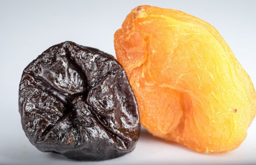 dried apricots prunes dried fruits