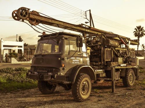 drilling rig truck vehicle